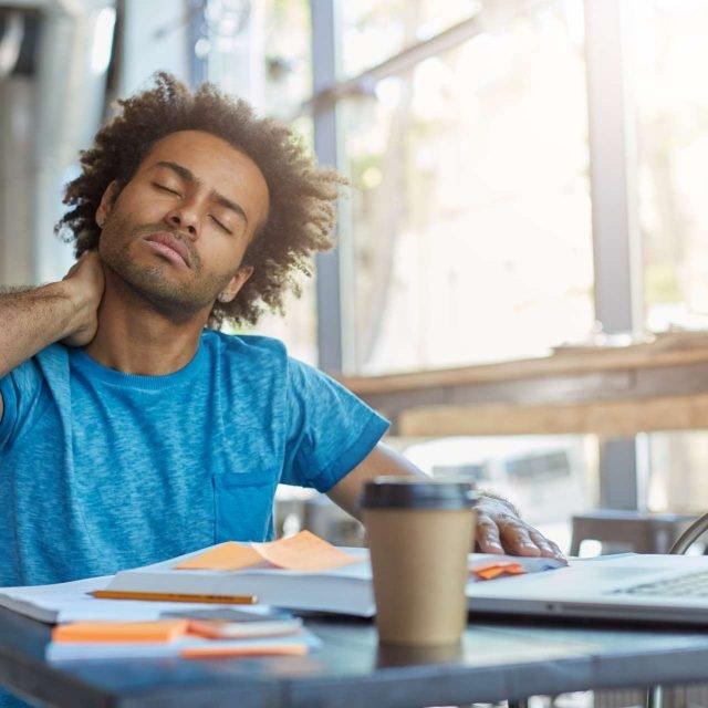 Cómo evitar el sedentarismo laboral en el Teletrabajo